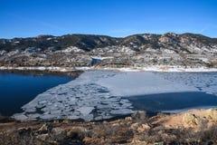 Gelo no reservatório de Horsetooth, Fort Collins, Colorado Fotos de Stock