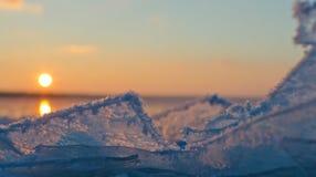 Gelo sulla superficie del fiume di inverno Fotografia Stock