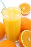 Gelo - sumo de laranja frio Fotografia de Stock Royalty Free
