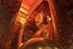 Geloof van Boeddhisme, Tempel Phananchoeng Royalty-vrije Stock Afbeeldingen