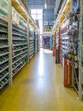 Gelsenkirchen, Duitsland - September 07 2018: Binnenmening van een Duitse DIY warehosue stock afbeeldingen