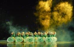 Gelsomino nella danza popolare di pittura-cinese del lavaggio e dell'inchiostro Immagini Stock Libere da Diritti