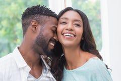 Gelukkig aantrekkelijk paar in liefde Royalty-vrije Stock Afbeeldingen