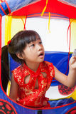Gelukkig Chinees meisje nieuw jaar Royalty-vrije Stock Afbeeldingen