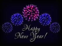 Gelukkig de kaartmalplaatje van de Nieuwjaargroet met tekst en helder kleurrijk vuurwerk op donkerblauwe achtergrond royalty-vrije illustratie