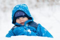 Gelukkig in de sneeuw Royalty-vrije Stock Afbeeldingen
