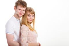 Gelukkig enamoured paar die elkaar koesteren Stock Foto