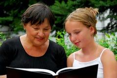 Gelukkig familieboek Royalty-vrije Stock Afbeeldingen