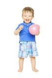 Gelukkig jong geitje weinig jongen met ballon Kind die I glimlachen Royalty-vrije Stock Afbeelding