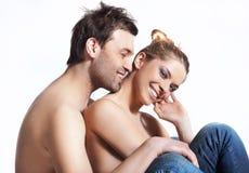 Gelukkig jong paar. Royalty-vrije Stock Afbeeldingen