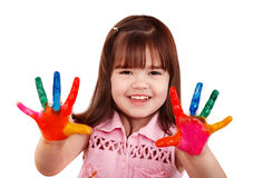 Gelukkig kind met kleurrijke geschilderde handen. Royalty-vrije Stock Afbeeldingen