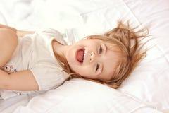 Gelukkig kind. Portret van een mooi liitlemeisje Royalty-vrije Stock Foto