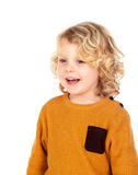 Gelukkig klein blond kind whith geel Jersey Royalty-vrije Stock Afbeeldingen