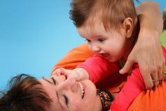 Gelukkig mamma met baby Royalty-vrije Stock Foto's