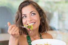 Gelukkig Meisje bij Lunch royalty-vrije stock foto