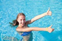 Gelukkig meisje in zwempak Stock Fotografie