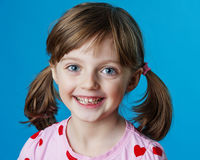 Gelukkig meisjeportret stock afbeeldingen