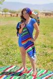 Gelukkig Mexicaans Pin Up Girl stock fotografie
