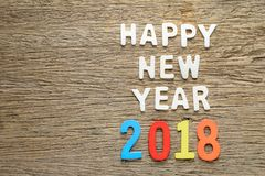 Gelukkig nieuw jaar 2018 woorden op hout Royalty-vrije Stock Afbeeldingen