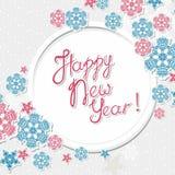Gelukkig nieuw jaarmalplaatje met rode en blauwe sneeuwvlokken Stock Foto's