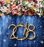 2018 Gelukkig Nieuwjaar en Vrolijk Kerstmiskader met Sneeuw en rea Stock Foto