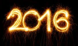 Gelukkig Nieuwjaar - 2016 gemaakt met sterretjes op zwarte Stock Afbeelding