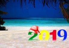 Gelukkig Nieuwjaar 2019 op een tropisch eiland stock afbeelding
