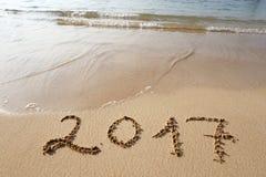 Gelukkig Nieuwjaar 2017 op het strand Royalty-vrije Stock Foto