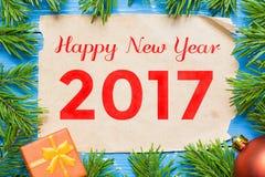 Gelukkig Nieuwjaar 2017 Spar met decoratie Stock Afbeeldingen