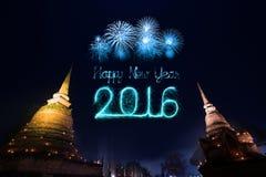 2016 gelukkig Nieuwjaarvuurwerk die over Sukhothai-histori vieren Royalty-vrije Stock Foto's