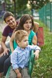 Gelukkig ouders en jong geitje royalty-vrije stock foto