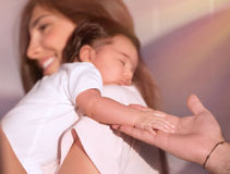 Gelukkig ouderschapconcept royalty-vrije stock afbeeldingen