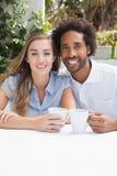 Gelukkig paar die koffie hebben samen Royalty-vrije Stock Afbeelding