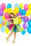 Gelukkig weinig jong geitjemeisje met kleurrijke ballons  Royalty-vrije Stock Fotografie