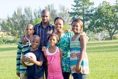 Gelukkige Afrikaanse familie Royalty-vrije Stock Afbeelding
