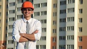 Gelukkige Architect Gesturing Thumbs Up stock video