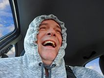Gelukkige automobilistenbestuurder royalty-vrije stock foto