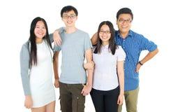 Gelukkige Aziatische studenten Royalty-vrije Stock Afbeeldingen
