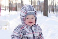 Gelukkige baby in de winter Royalty-vrije Stock Afbeelding
