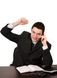 Bedrijfs mens met hand omhoog het vrolijke spreken op   Royalty-vrije Stock Foto