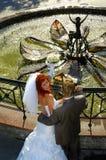 Gelukkige bruids Stock Foto's