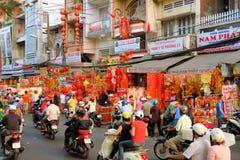 Gelukkige charmes voor verkoop, Tet-Nieuwjaar, Ho Chi Minh Royalty-vrije Stock Foto