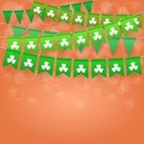 Gelukkige de Dagachtergrond van Heilige Patrick ` s met slingers Stock Foto