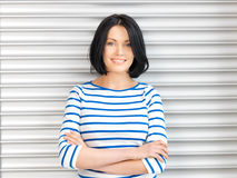 Gelukkige en glimlachende vrouw royalty-vrije stock fotografie