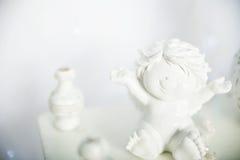 Gelukkige engel Ceramisch stuk speelgoed Stock Afbeeldingen