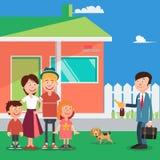 Gelukkige Familie die een Nieuw Huis kopen Makelaar in onroerend goed met Sleutels van Huis Vector Royalty-vrije Stock Afbeelding