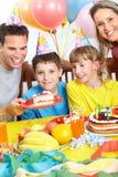 Gelukkige familie en verjaardag Stock Afbeelding