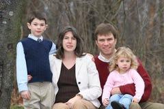 Gelukkige Familie van Vier Mensen (2) Royalty-vrije Stock Afbeelding