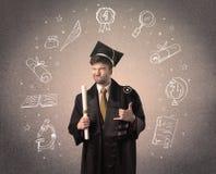 Gelukkige gediplomeerde tiener met hand getrokken schoolpictogrammen Stock Afbeeldingen