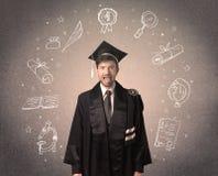 Gelukkige gediplomeerde tiener met hand getrokken schoolpictogrammen Royalty-vrije Stock Foto